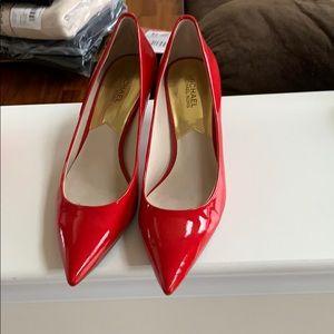 Gently Worn Michael by Michael Kors heels. Size 9